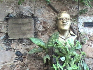 Memorial at William Spratling's home in Taxco